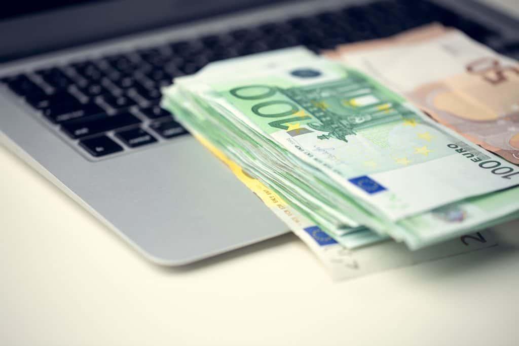 Бързи кредити кеш кредит