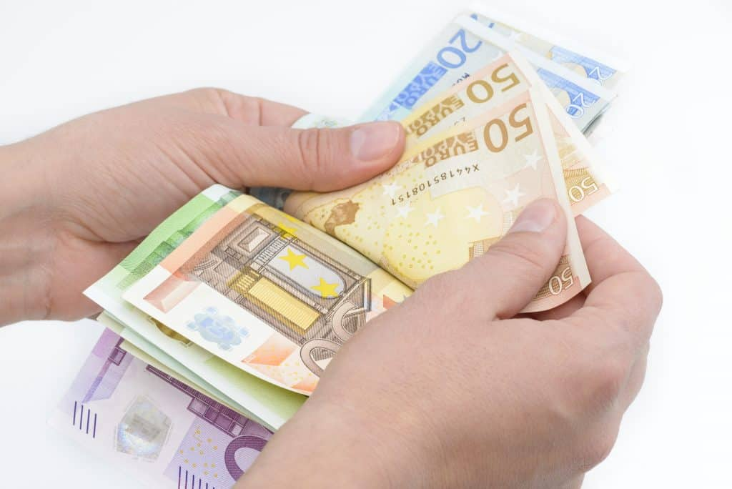 Рефинансиране на просрочени кредити